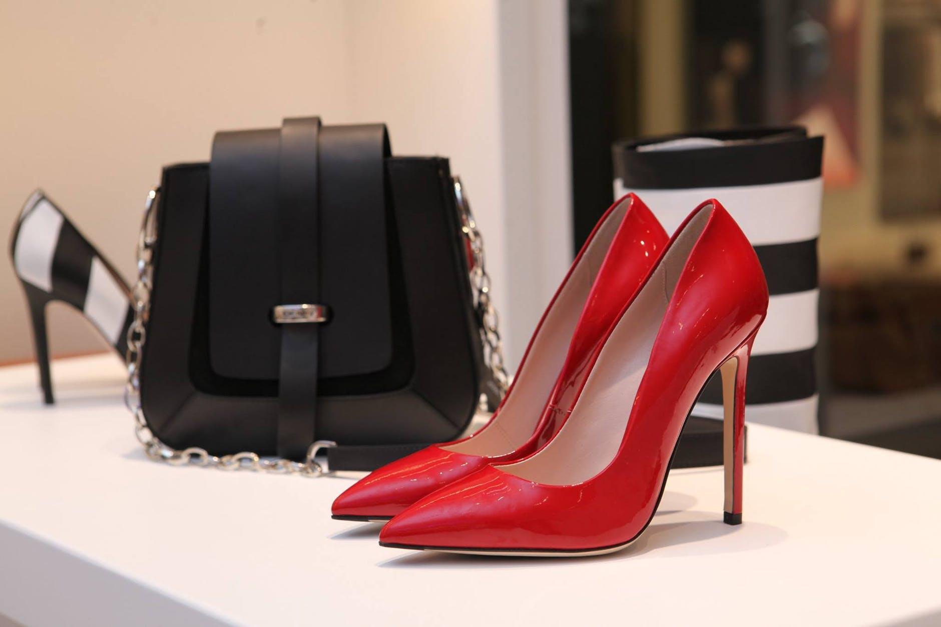 נעליים נוחות לנשים
